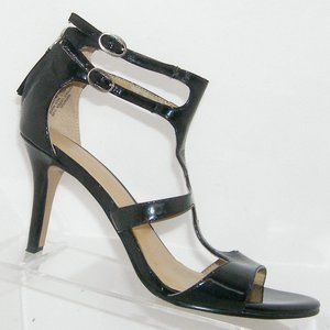 Nine West Tatoo black patent t-strap heels 5M
